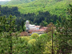 Spoljni izgled manastira Dečani zadužbine spskog kralja Stefana Dečanskog