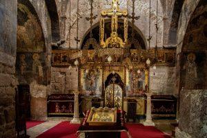 Pećka Patrijaršija je mesto gde se dovode na tron svi Srpski Patrijarsi upravnici Srpske Pravoslane Crkve !
