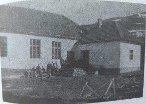 Osnovna škola Petar Kočić sada potopljena sa jezerom Gazivode