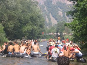 Rafting on Ibar river