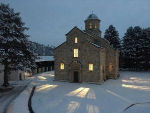 Manastir Visoki Dečani sedište Srpske Pravoslavne crke i nosilac Srpskog nacionalnog identiteta Države Srbije na Kosovu i Metohiji
