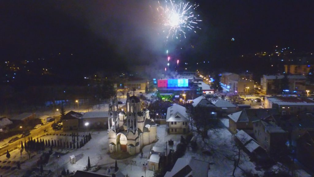 Doček Srpske pravoslavne Nove godine u Leposaviću pored hrama sv. Vasilije Ostroškog Tvrdoškog